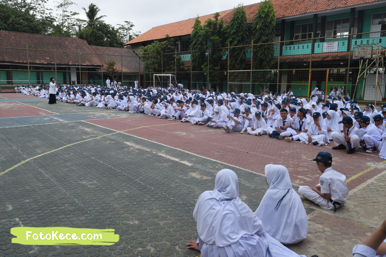 pembagian piala gebyar ukhuwah islamiyah xv darul amal kumpul di lapangan foto kece 21202019 2