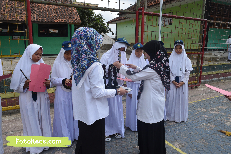 pembagian piala gebyar ukhuwah islamiyah xv darul amal kumpul di lapangan foto kece 21202019 37