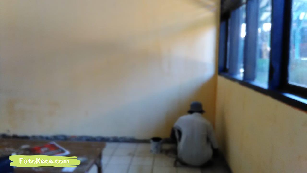 proses pengecatan perbaikan sarana fasilitas bmn foto kece 2019 192