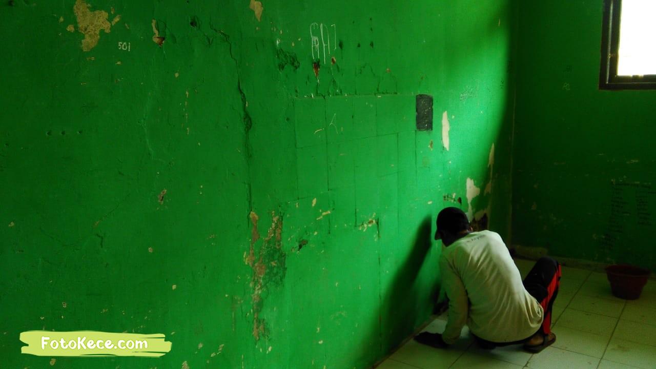 proses pengecatan perbaikan sarana fasilitas bmn foto kece 2019 201
