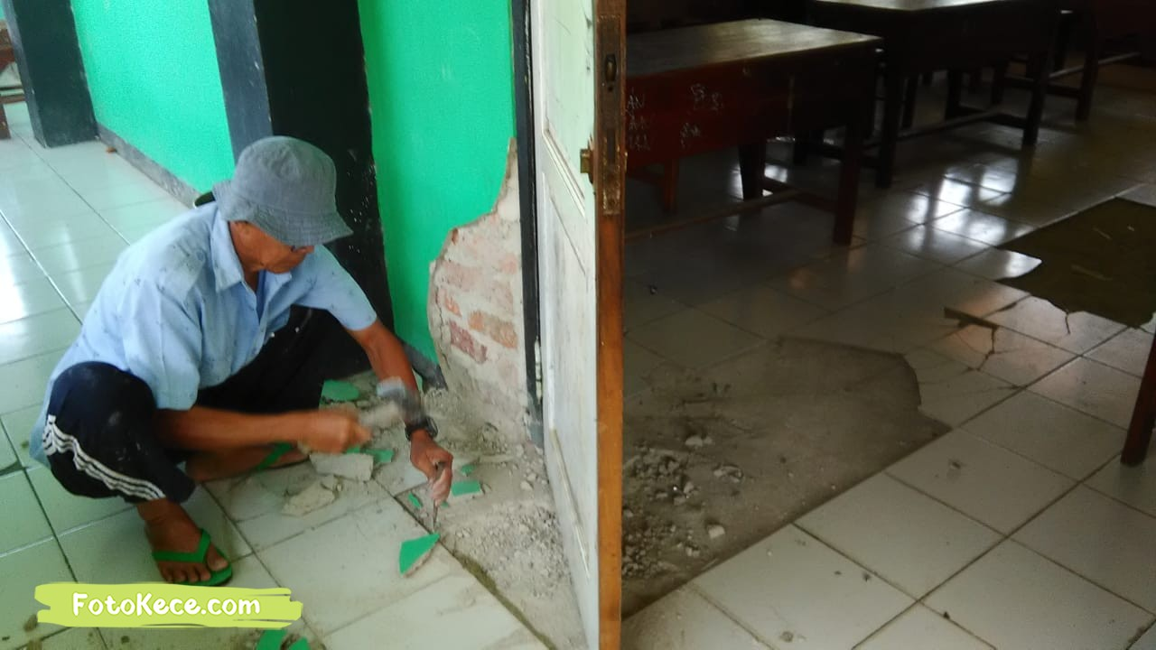 proses perbaikan sarana fasilitas bmn foto kece 2019 167