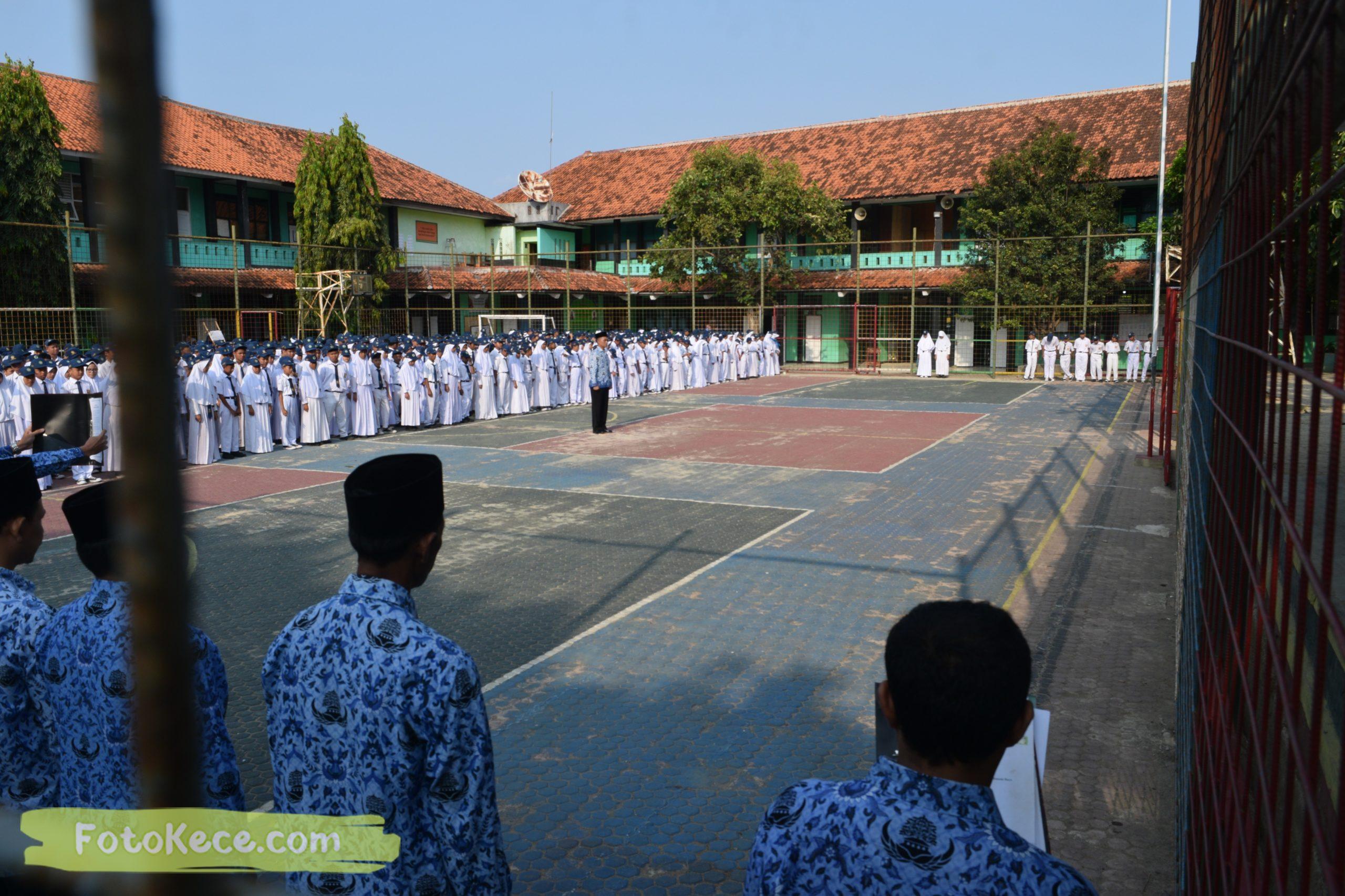 hari guru nasional bersama mtsn 2 sukabumi 25112019 fotokece 9 scaled