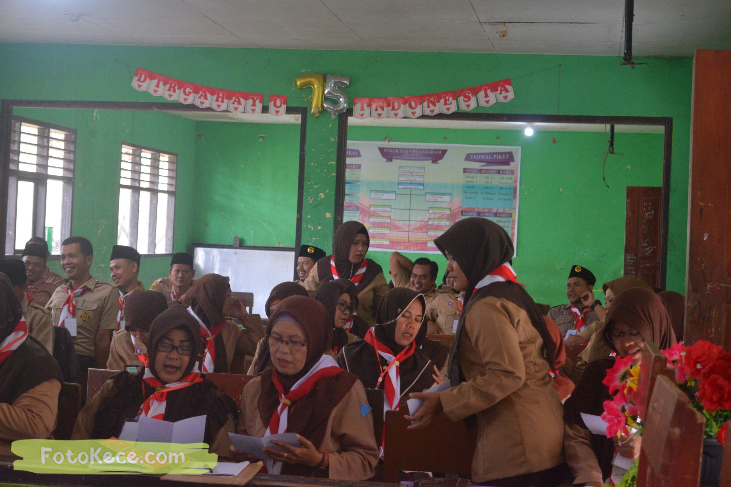 indoor kursus pembina mahir tingkat dasar kmd kwartir ranting surade 2019 fotokece Des 2019 13 scaled