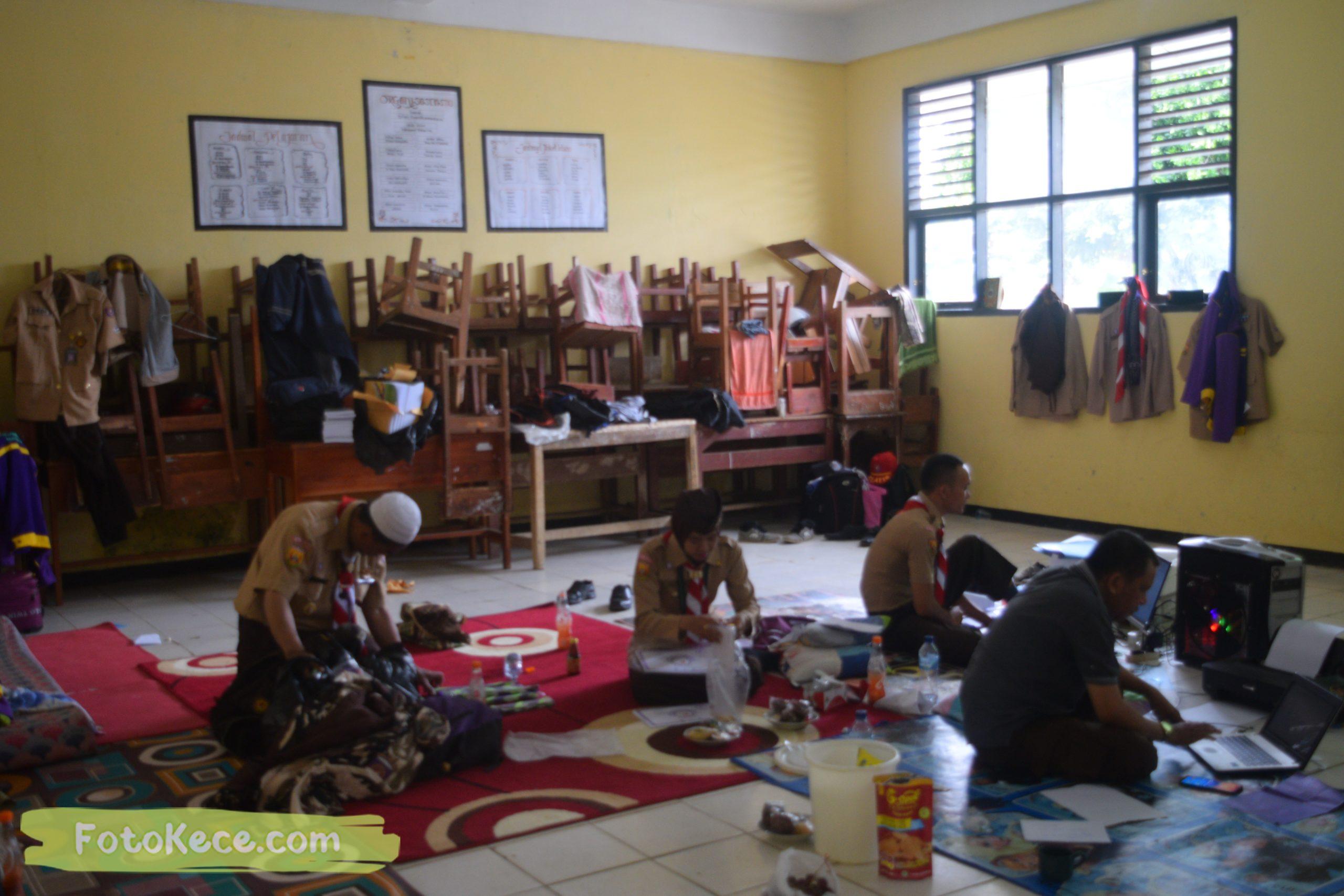 indoor kursus pembina mahir tingkat dasar kmd kwartir ranting surade 2019 fotokece Des 2019 4 scaled