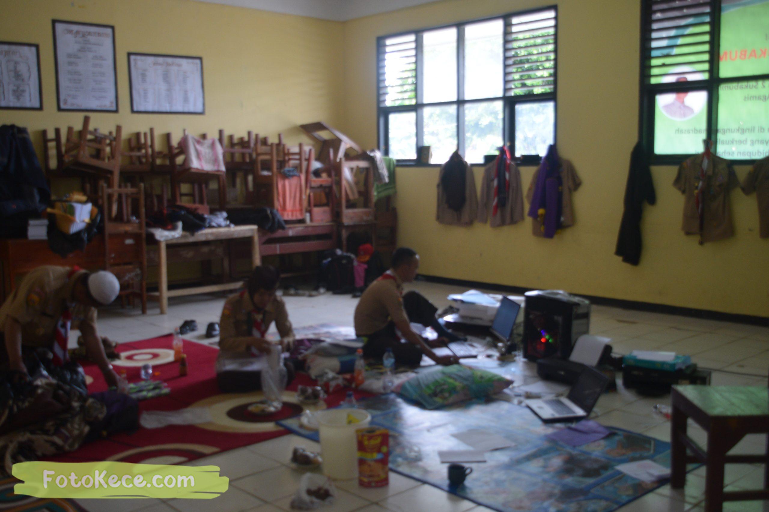 indoor kursus pembina mahir tingkat dasar kmd kwartir ranting surade 2019 fotokece Des 2019 5 scaled