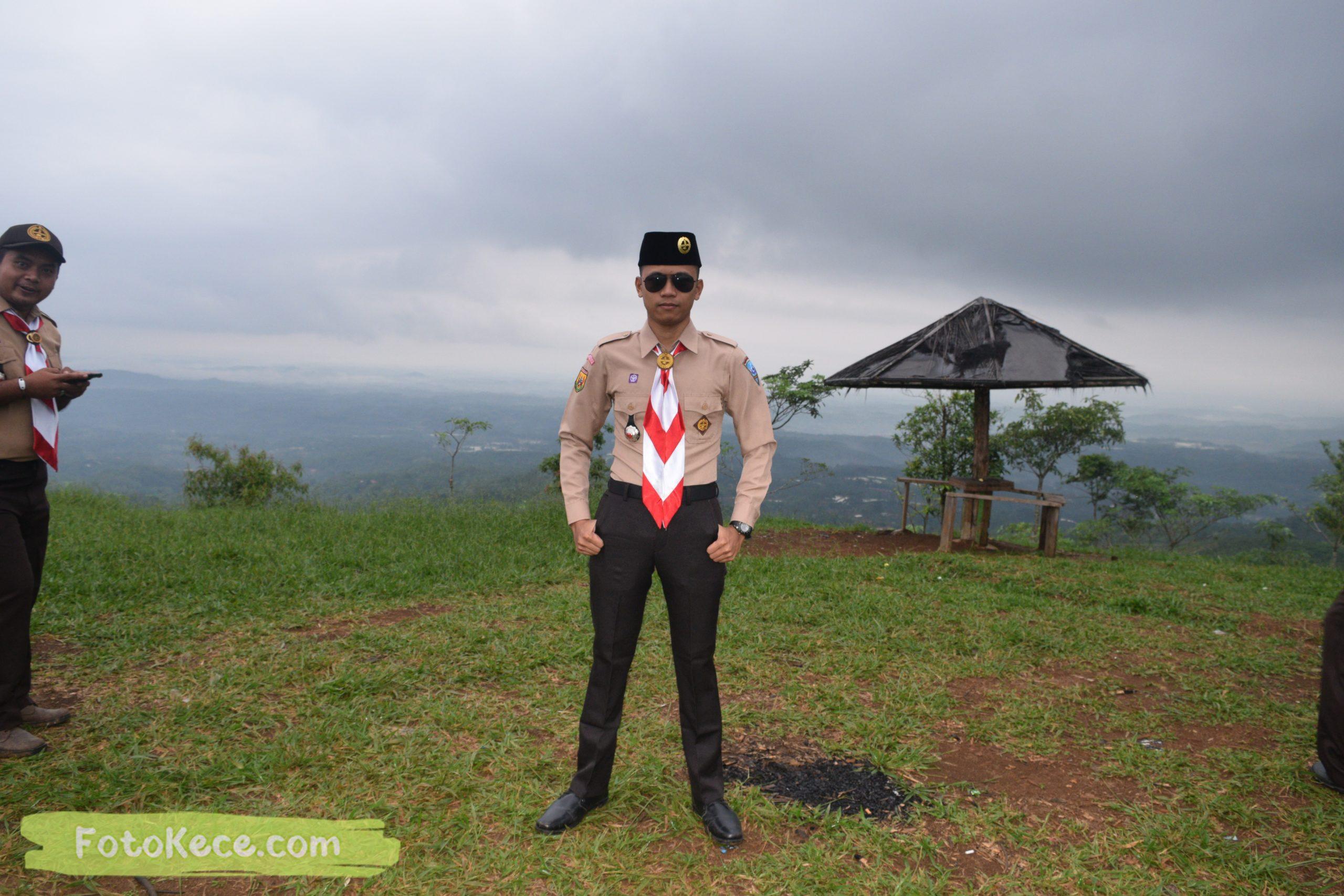 dimas pada pembukaan perkemahan narakarya 1 mtsn 2 sukabumi 24 25 januari 2020 pramuka hebat wisata alam puncak buluh jampangkulon 74 scaled