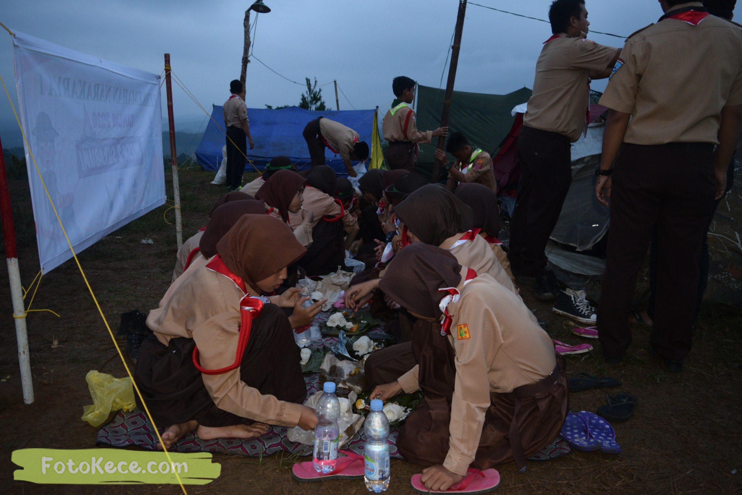 kegiatan sore malam perkemahan narakarya 1 mtsn 2 sukabumi 24 25 januari 2020 pramuka hebat puncak buluh foto kece 40 scaled
