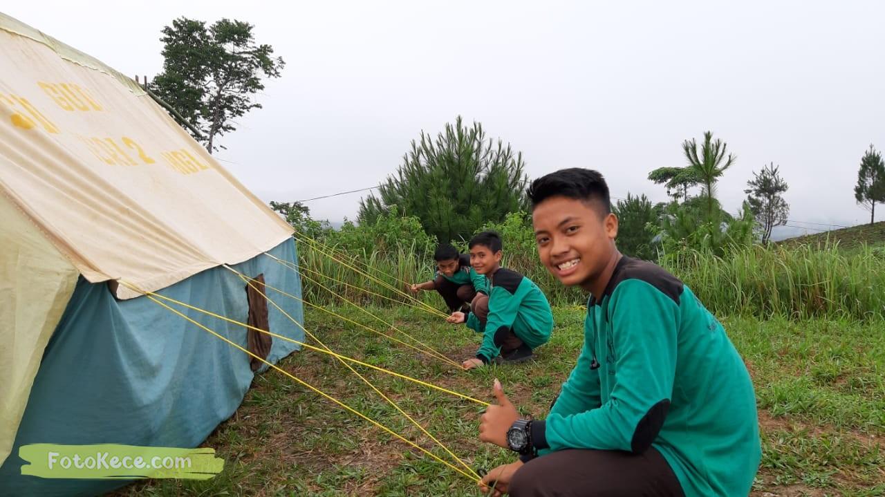 pasang tenda kehebohan narakarya 1 2020 di wisata alam puncak buluh foto kece 53