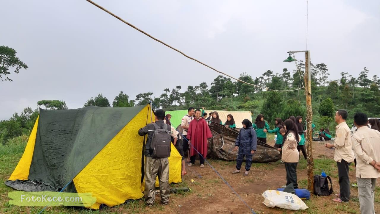 pasang tenda kehebohan narakarya 1 2020 di wisata alam puncak buluh foto kece 54