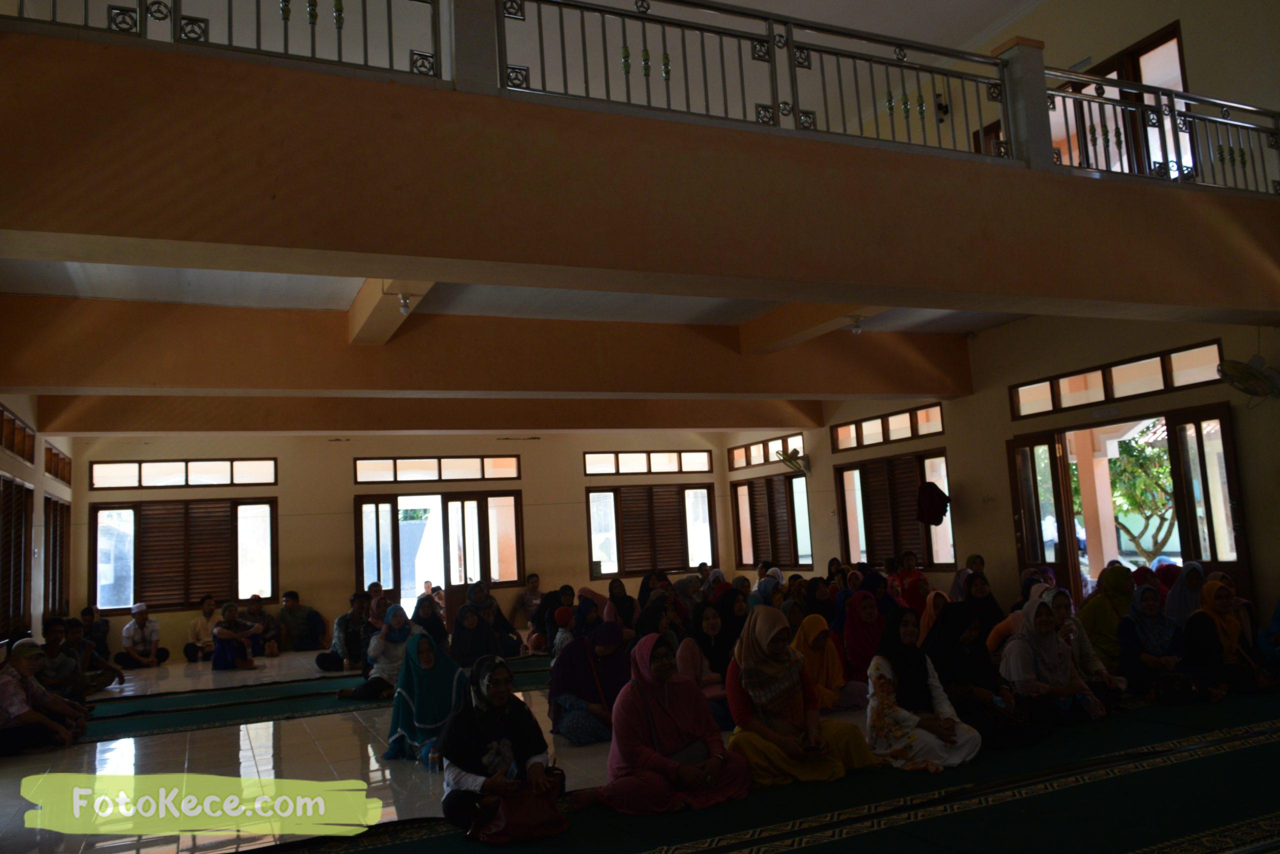 rapat komite ortu siswa kelas 9 masjid mtsn 2 sukabumi 05022020 foto kece poto kece 37 scaled
