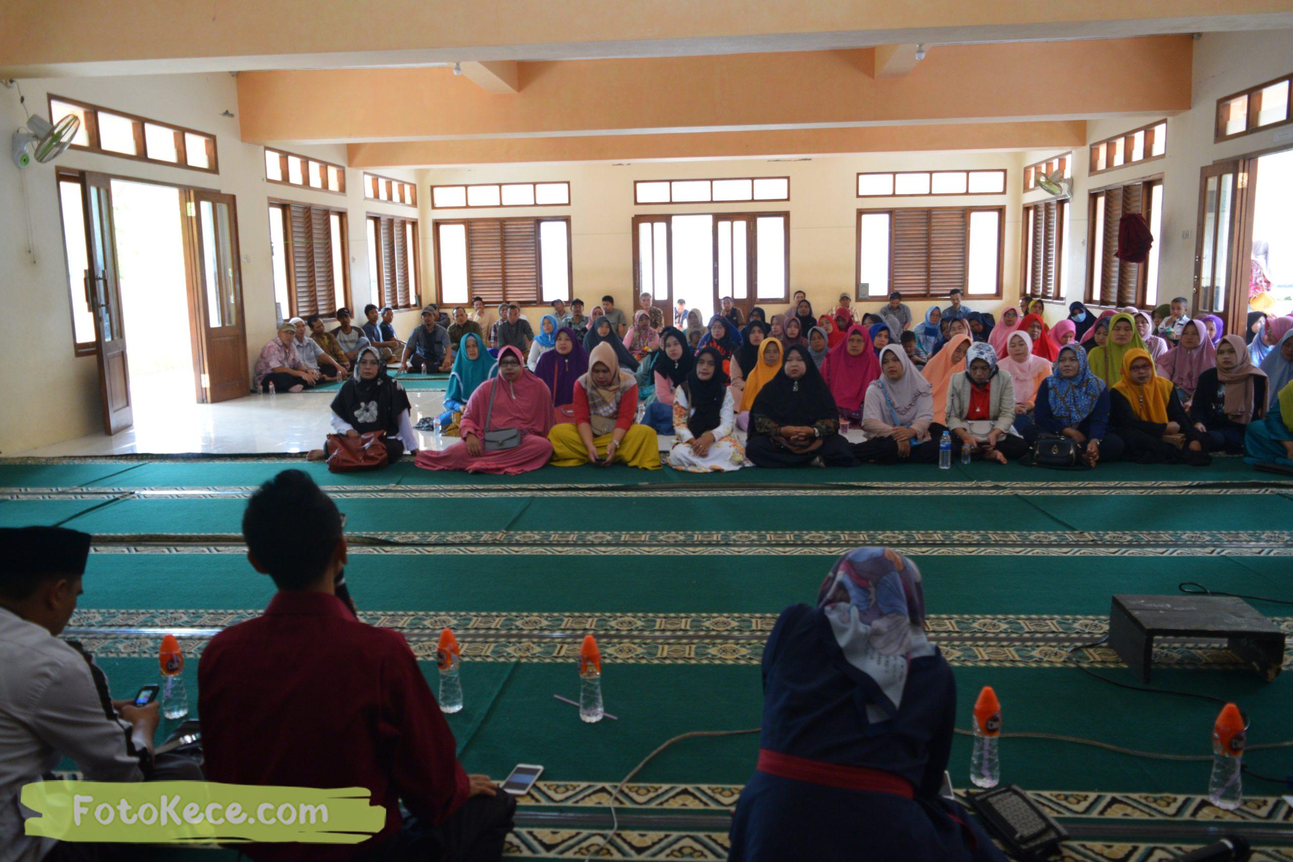 rapat komite ortu siswa kelas 9 mtsn 2 sukabumi 05022020 foto kece poto kece 54 scaled