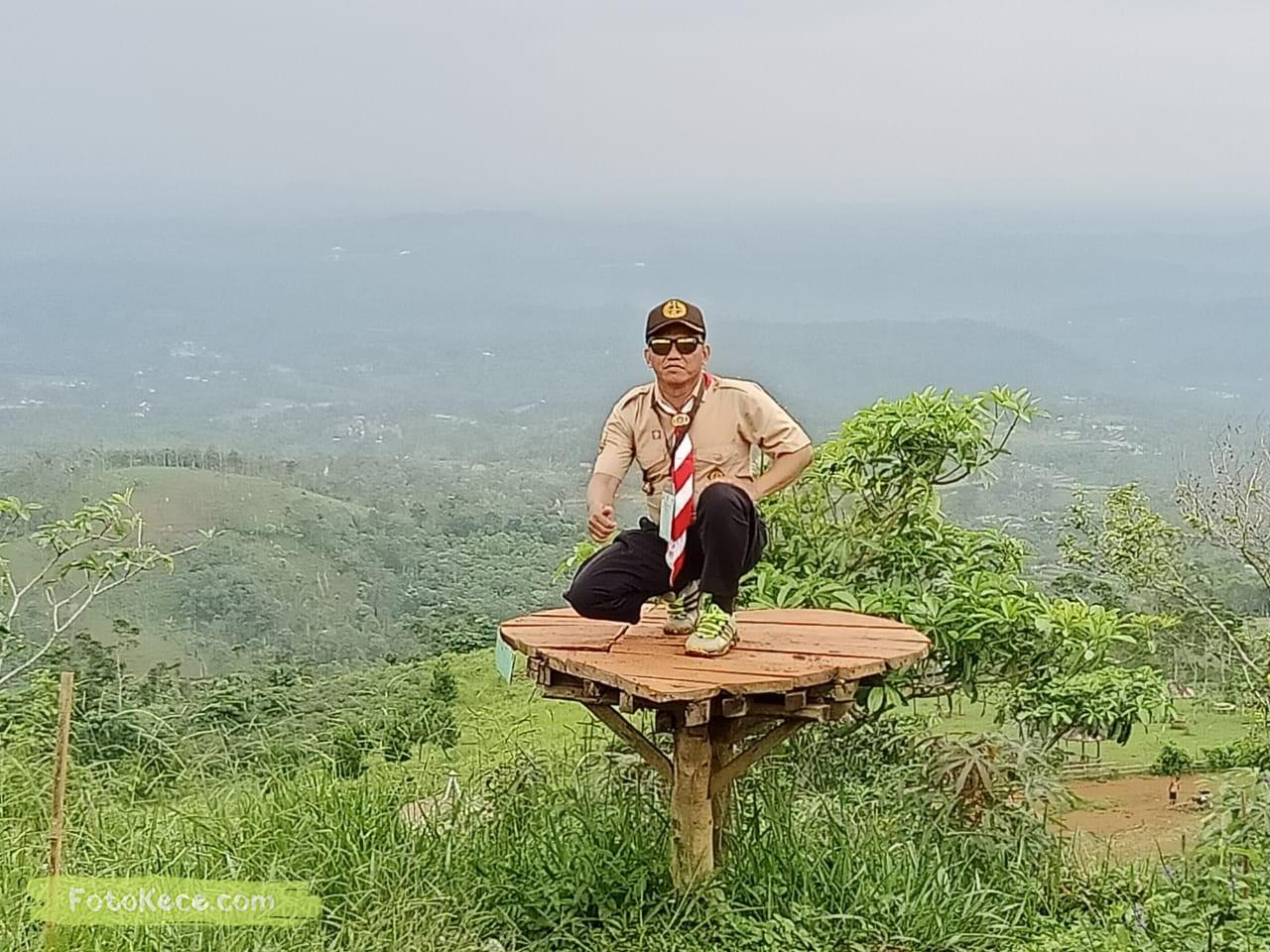 solehundin kehebohan narakarya 1 2020 di wisata alam puncak buluh foto kece 10