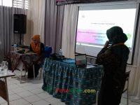 Hj Euis Sumirah pada Suasana ruangan pada PKKM 4 tahunan MTsN 2 Sukabumi (4)