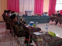 Kasi penmad sukabumi MAMAN HIDAYAT pada tim penilai PKKM MTsN 2 smi (3)