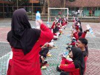 makan bareng 17092021 Latihan paskibra hebat siswa MTsN 2 Sukabumi (28)