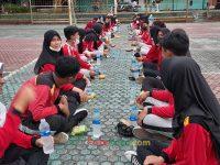 makan bareng 17092021 Latihan paskibra hebat siswa MTsN 2 Sukabumi (29)
