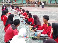 makan bareng 17092021 Latihan paskibra hebat siswa MTsN 2 Sukabumi (32)