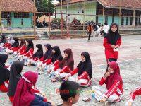 makan bareng 17092021 Latihan paskibra hebat siswa MTsN 2 Sukabumi (33)