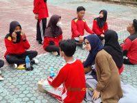 makan bareng 17092021 Latihan paskibra hebat siswa MTsN 2 Sukabumi (35)