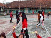 makan bareng 17092021 Latihan paskibra hebat siswa MTsN 2 Sukabumi (38)