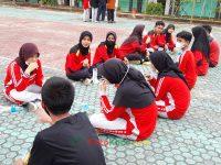 makan bareng 17092021 Latihan paskibra hebat siswa MTsN 2 Sukabumi (40)