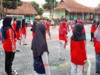 semangat latihan baris berbaris 17092021 Latihan paskibra hebat siswa MTsN 2 Sukabumi (14)